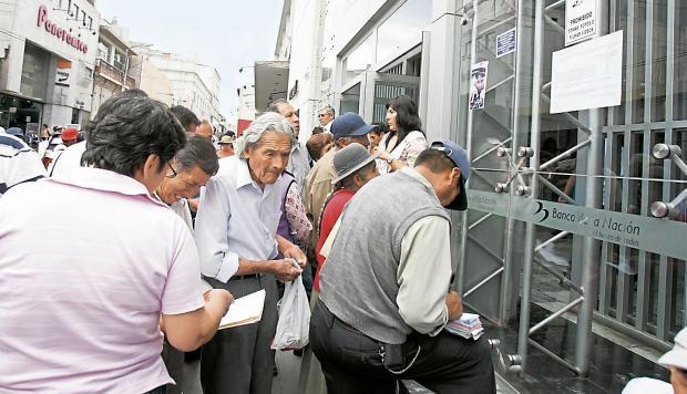 Beneficiarios del REJA no estaban en situación de desempleados.